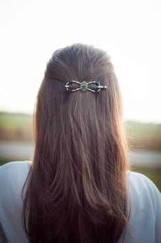 Princess Tiara Flexi clip. A stylish barrette that stays in place all day!