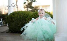 Adorable Mint Flower Girl Dress #mint #forthebridemag #wedding #bride
