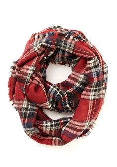 love this plaid scarf for the holidays http://rstyle.me/n/qs5g2r9te