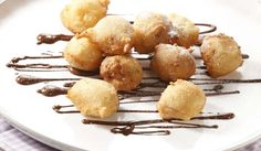 Fritule sa suhim šljivama i marcipanom