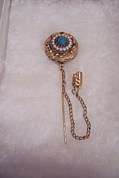 Goldtone, Pearl & Turquoise Cabachon Hatpin