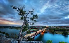 Drive over to the 360 Bridge, climb the adjacent cliffs and stand on the edge for an unparalleled vantage point of Lake Austin below.