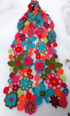 Flower crochet scarf. Gorgeous.