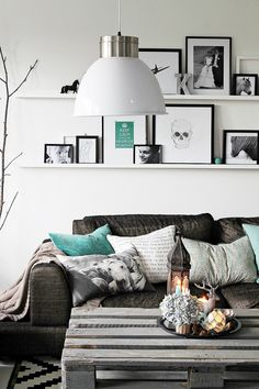 interior, coffee tables, living rooms, couch, frame, color schemes, mint, black white, shelv