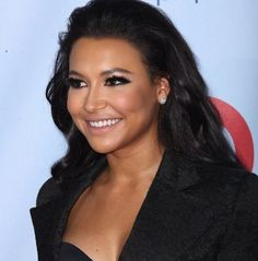 Naya Rivera is gorgeous and I love her makeup in this picture