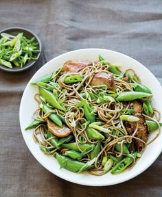 Stir-Fried Pork & Sugar Snaps with Soba Noodles