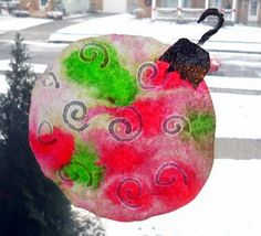Food Coloring Tie-Dye Christmas Ornaments