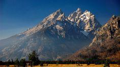 Mountain HD Background Wallpaper - http://backgroundwallpaper.co/5719/mountain-hd-background-wallpaper.html #Background, #Hd, #Mountain, #Wallpaper