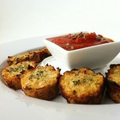 grated cauliflower pizza bites. grain free and healthy. i am so making these