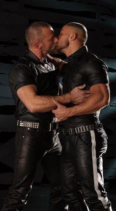 gay kiss love bear leather bondage kinky hard male men