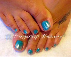 Glitter fade. Nail art. Gelish. Pedicure. Turquoise blue green nails