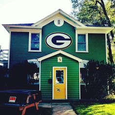 When we win the lottery and buy a house in Green Bay, we are totally making it a Packer house!!