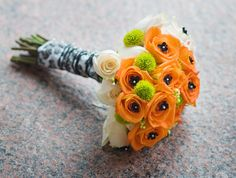 BOUQUET WRAP: pattern ribbon with black floral wire