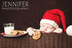 Cute Christmas photo idea for new baby!