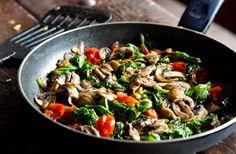Spinach Mushroom & Cherry Tomato Fry Up | Eat Drink Paleo
