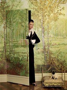 Linda Evangelista homage to Pauline de Rothschild