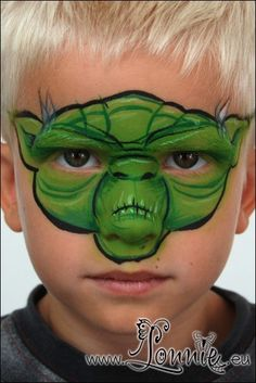yoda face paint, star wars diy face paint, disney face paint, face painting star wars, star wars face painting, disney facepaint, birthday party face paint, facepaint ideas, facepainting ideas