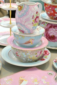 Pip Studio pretty porcelain, via Flickr.