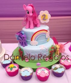 Torta de 2 pisos de pequeño pony...