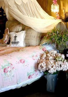 Romantic Bed Decor