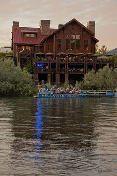 Here's a great activity for summer here in Grants Pass... the Hellgate jet boat tour!!