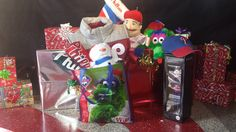 Red Friday's special: Fill your Phanatic bag with all your items and get 30% off your entire purchase.