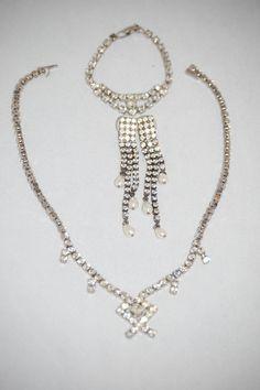 Vintage Bridal  Rhinestone Jewelry Set