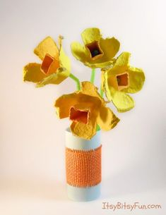 DiY Egg Carton Flowers - Daffodils