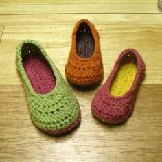 Made these today!  My first time crocheting slippers.  It went really quickly - great, easy-to-follow pattern!  Mamachee @ Etsy