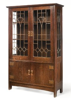 Gustav Stickley AN IMPORTANT AND RARE CHINA CABINET, MODEL NO. 964