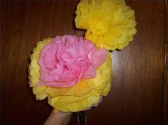 How to Make Large Tissue Paper Flowers