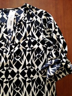 This is the top I kept from my second Stitch Fix - 41 Hawthorne Ivy Abstract Triangle Print Tab-Sleeve Blouse