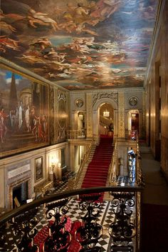 The Great Hall of Chatsworth House, Derbyshire, England (by zoreil).i think this hall was used in the Pride and Prejudice movie.