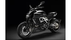 DUCATI Diavel AMG - Should be 'OMG'!!
