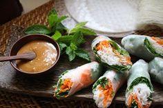 Goi cuon/fresh rolls and tamarind sauce