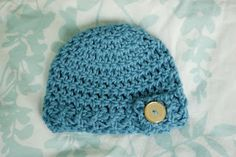 \Free Pattern: Button Flap Beanie - Newborn