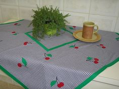 Toalha de mesa - aplicações de cerejas | Flickr – Compartilhamento de fotos!
