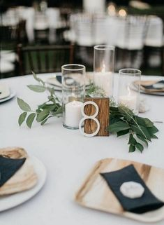 chic simple fall wedding centerpiece ideas with candles Décoration de Table de Mariage 18 Fall Wedding Centerpiece Ideas for 2019
