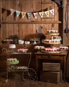 Adorable cupcake display for a vintage or rustic themed wedding! {David Walters Photography}