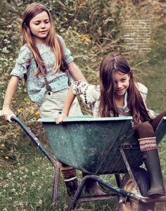 little girls, memori, country girls, the farm, kids, country life, barrel, garden, friend