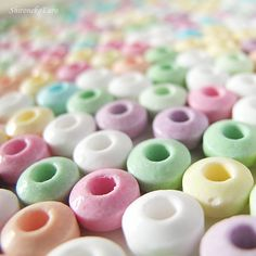 Pastel candy: remember bracelets with this candy?