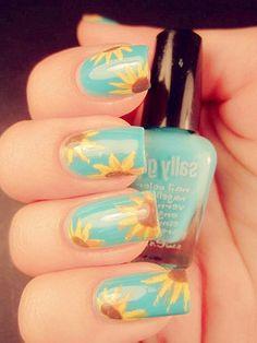 Sunflowers love this mani!