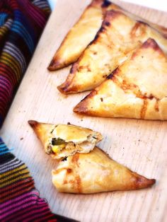 La Cocina de Leslie: Poblano Chicken Empanadas {She Made/Ella Hace}