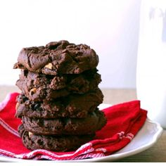 Double Chocolate Peanut Butter Cookies | www.allshecooks.com