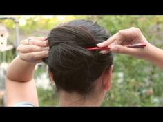 This woman's hair is soooo long. I'm not sure this would work for my thinning hair, but it's long enough. I still love the simplicity! Nothing to cut or tear the hair.