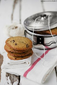 ... chocolate chips cookies ...