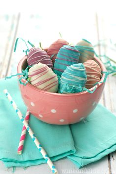 Easter Egg Cookie Dough Truffles | www.wineandglue.com | Beautiful on the outside and irresistibly yummy on the inside!