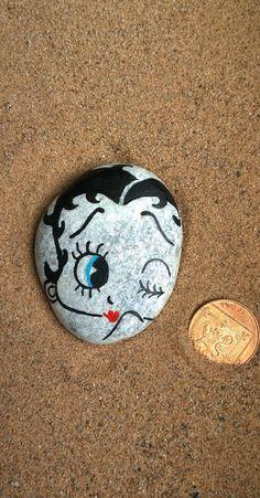 Betty Boop  Handmade/painted pebble by FlubberDinkumArts on Etsy, £6.50