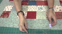 How to Make a Scalloped Edge on a Quilt
