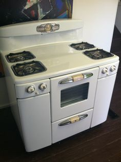 1961 Vintage Tappan Gas Range and Oven-I want one.